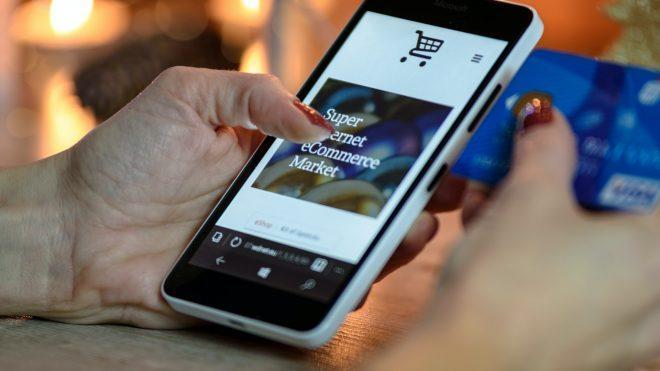 Why Retail Businesses Can't Afford to Ignore the Mobile Shopping Trend